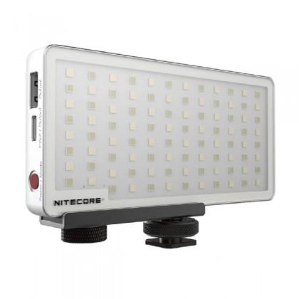 Nitecore SCL10 SMART CAMERA LIGHT AND POWER BANK